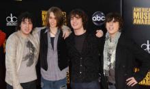 comic-book-heroes-2009-american-music-awards-AXsbfL